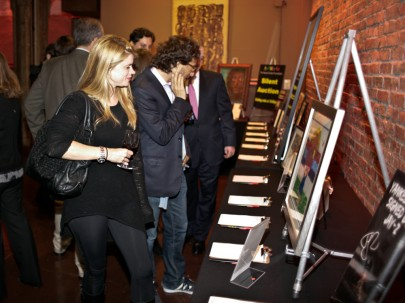 2010 Benefit Attendees Browsing Auction Items at ArtWorks